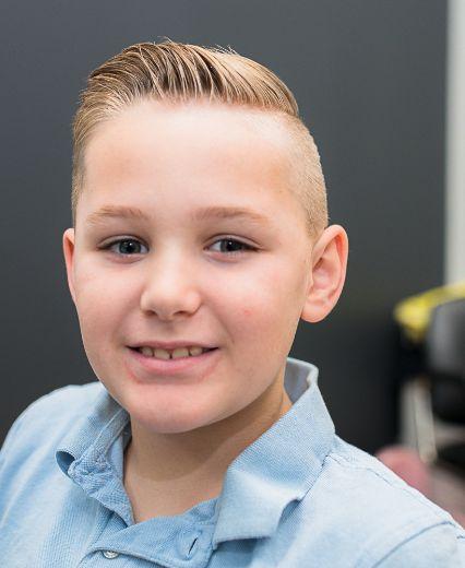 Tween hair cut